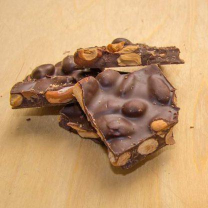 torroncini di cioccolato e mandorle tostate
