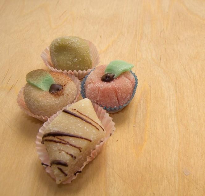 dolcetti di pasta reale