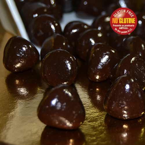 Confetto al cioccolato fondente ripieno di Grappa