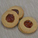 Frollini integrali con marmellata di albicocca