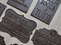 Stecche di cioccolato senza tracce di latte