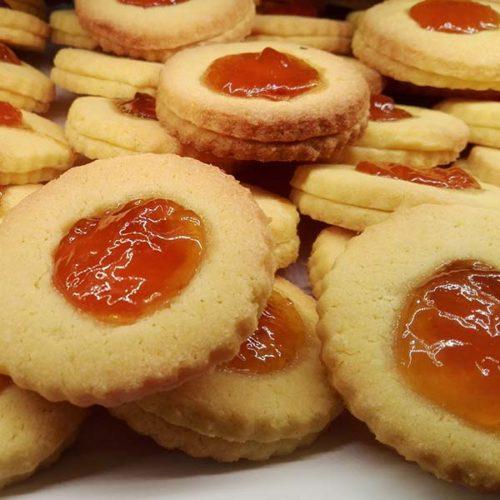 Biscotti con marmellata - occhi di bue