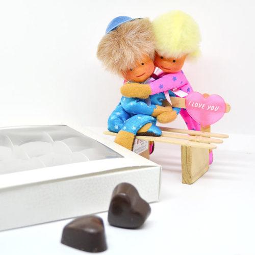 Coppietta con cioccolatini